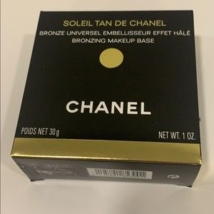 CHANEL Makeup - Chanel bronzing Make-up base